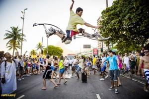 Ação de Skyrunner com o atleta Leo no Flash Mob Voltz - Foto by FilipeMarques - IHateFlash